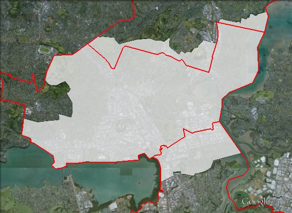 Map of Maungakiekie's 2011 and 2014 boundaries. 2011 boundaries marked as red lines, 2014 boundaries marked as white area. Click to enlarge.