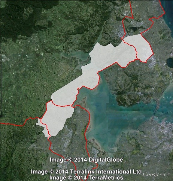 Map of Upper Harbour's 2014 boundaries, and boundaries for electorates in the area at the 2011 election. 2011 boundaries marked as red lines, 2014 boundaries marked as white area. Click to enlarge.