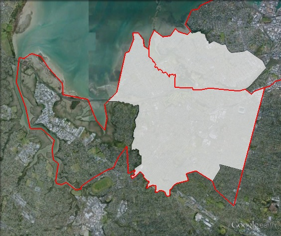 Map of Mt Albert's 2011 and 2014 boundaries. 2011 boundaries marked as red lines, 2014 boundaries marked as white area. Click to enlarge.