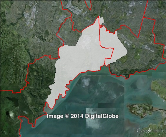 Map of New Lynn's 2011 and 2014 boundaries. 2011 boundaries marked as red lines, 2014 boundaries marked as white area. Click to enlarge.